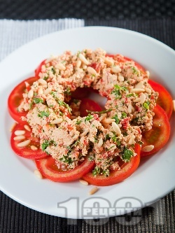 Салата с домати и тофу - снимка на рецептата